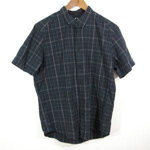 Oakley Short Sleeve Button Down Check Plaid Shirt Regular Fit